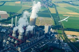 "Segelflug: Kraftwerk Niederaussem ""Fortuna"""
